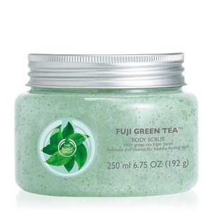 Medium fuji green tea body scrub 1 640x640
