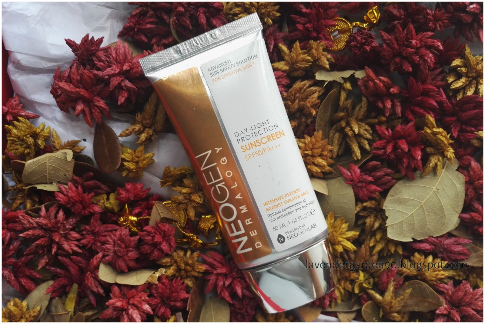 Kem chống nắng NEOGEN Day-Light Protection SunScreen SPF 50/PA+++